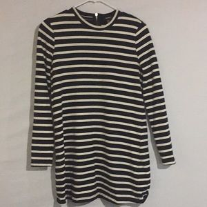Forever 21 long sleeve top size Medium